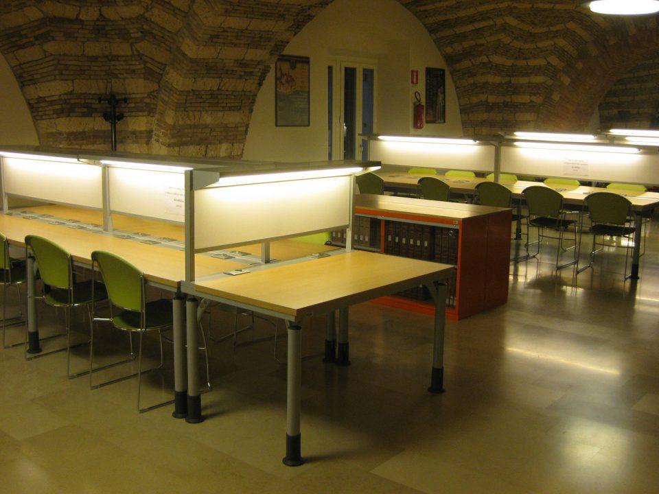Foggia - Università degli Studi - Biblioteca facoltà di Lettere